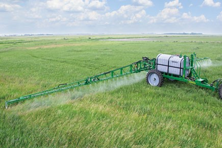 lt-supersprayer-field-spraying-equipment.jpg