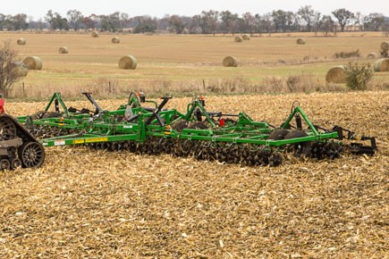 supercoulter-corn-minimum-tillage.jpg
