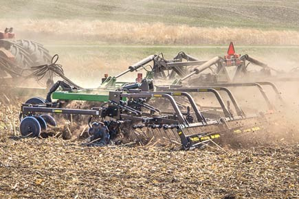 Fall-Tillage-to-Fit-Your-Farm.jpg